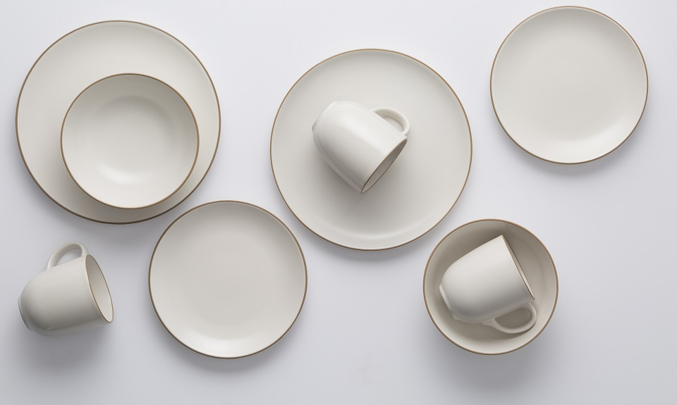 Classic Collection Dinnerware